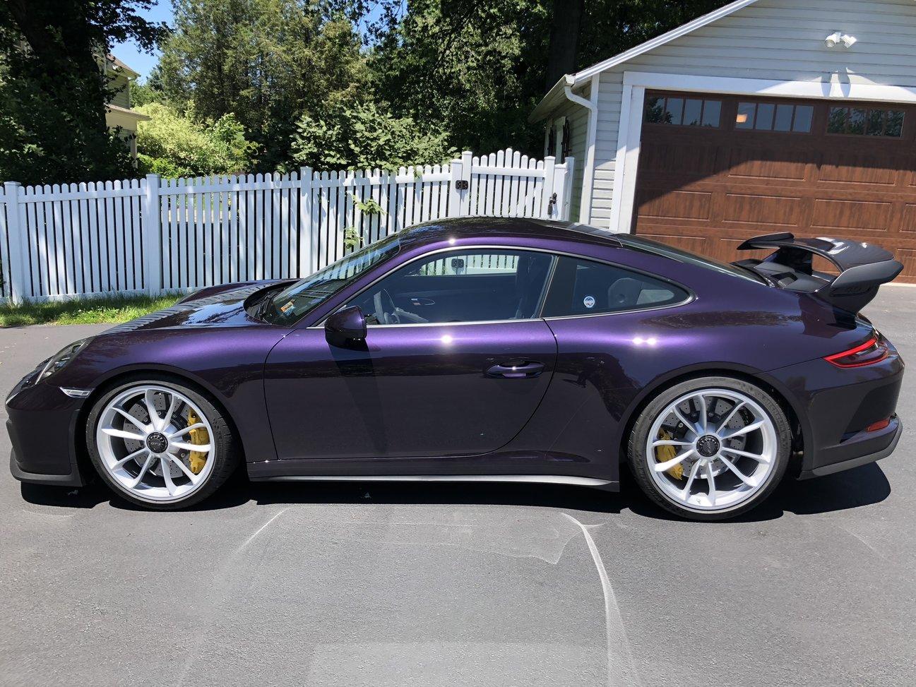Viola Metallic Porsche Colors